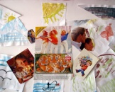 Арт-терапевтический коллаж с открытками, вырезками из журналов и акварельных рисунков
